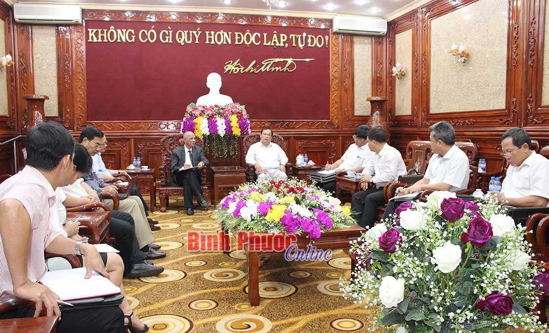 Chủ tịch UBND tỉnh Nguyễn Văn Trăm làm việc với các nhà đầu tư thuộc Hiệp hội Doanh nhân người Việt Nam ở nước ngoài